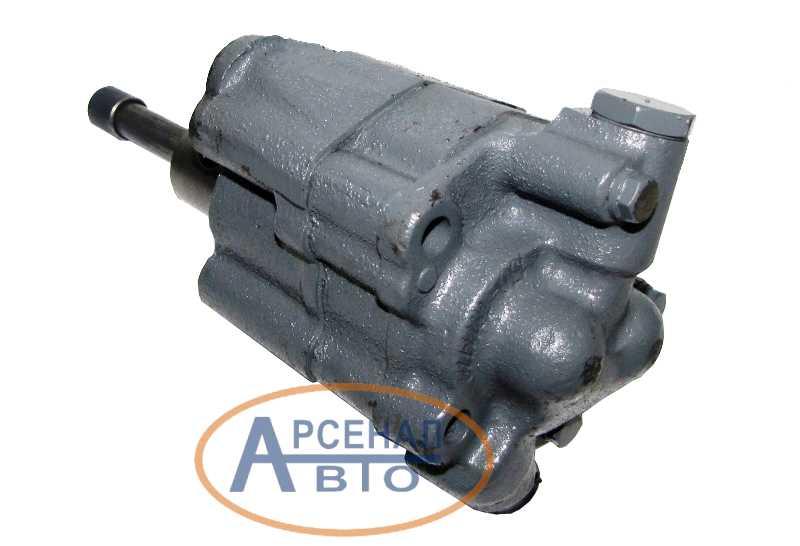 Масляный насос двигателя автомобиля ЗиЛ-130