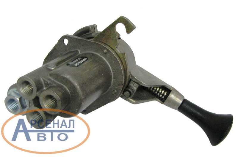 Кран тормозной 100-3537310